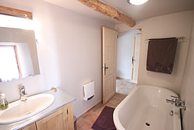 Ensuite bathroom at Mirabilis